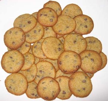 Tiny_chocolate_chip_cookies